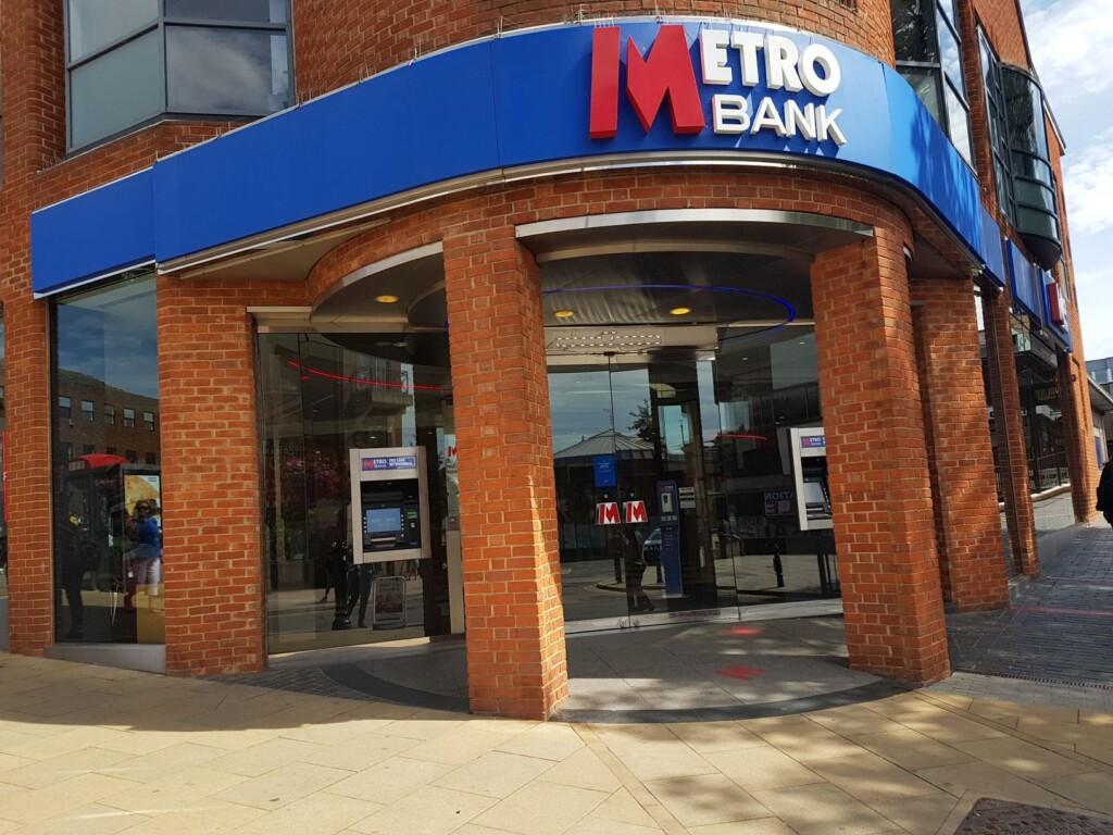 Metro Bank Banner