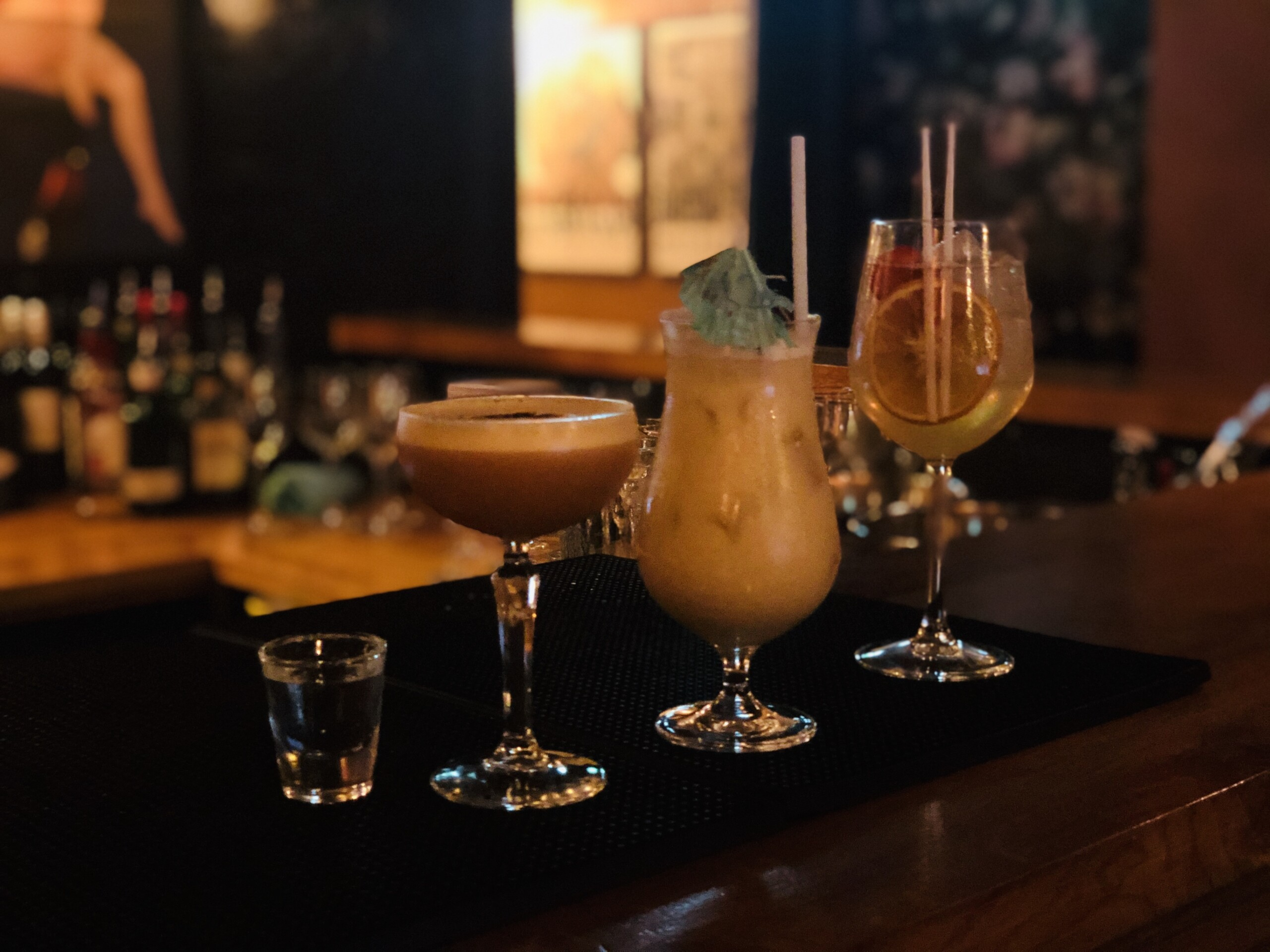 Cocktails at Cosy Club